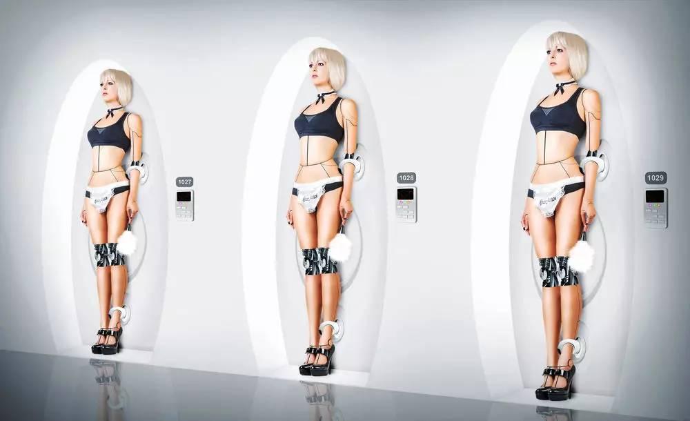 Девушка робот захотела настоящего секса секс онлайн пышной